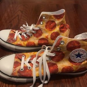 Converse pepperoni pizza print high tops